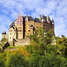Enjoy your visit on Eltz Castle with HiVino
