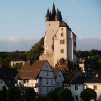 Discover the fairytale castle in Diez with HiVino