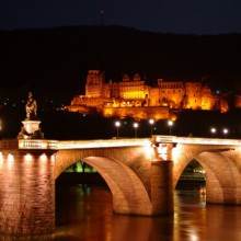 breathtaking view onto Heidelberg bridge and castle  -HiVino