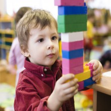 Playing boy in the Legoland Discovery Centre Oberhausen, Germany – HiVino