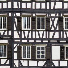 Beautiful half-timbered houses in the Hessenpark - discovered with HiVino