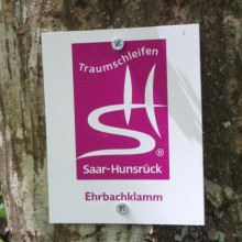 Hiking trail in the Rhine-Mosel-Triangle - discovered with HiVino
