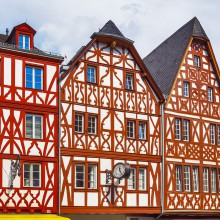 Beautiful half-timbered buildings in Trier - HiVino