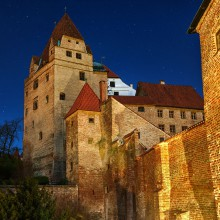 Trausnitz Castle by night - HiVino