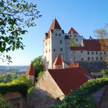 Discover Trausnitz Castle in Landshut, Germany with HiVino