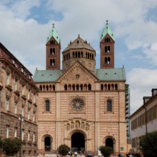 One of the greatest examples of Romanesque architecture - HiVino