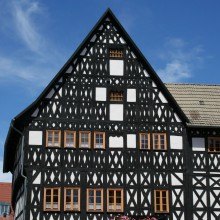 Timber-frame house in Weimar – HiVino
